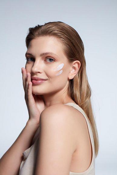 Bioenergy Deep Corrective Whitening Skin Cream -Skin Care Cream