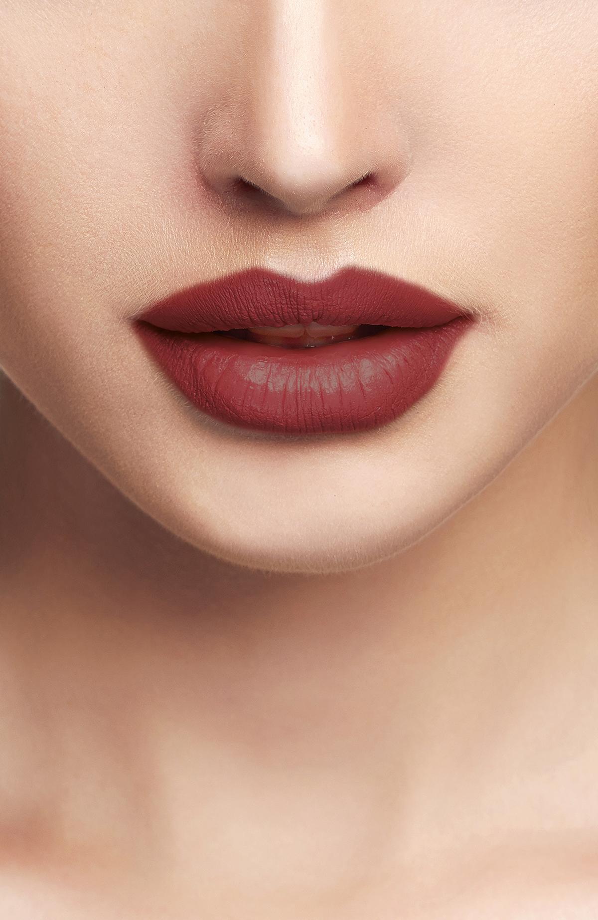 Liquid Lipgloss - 215 -Ruj - Lipstick Thumbnail
