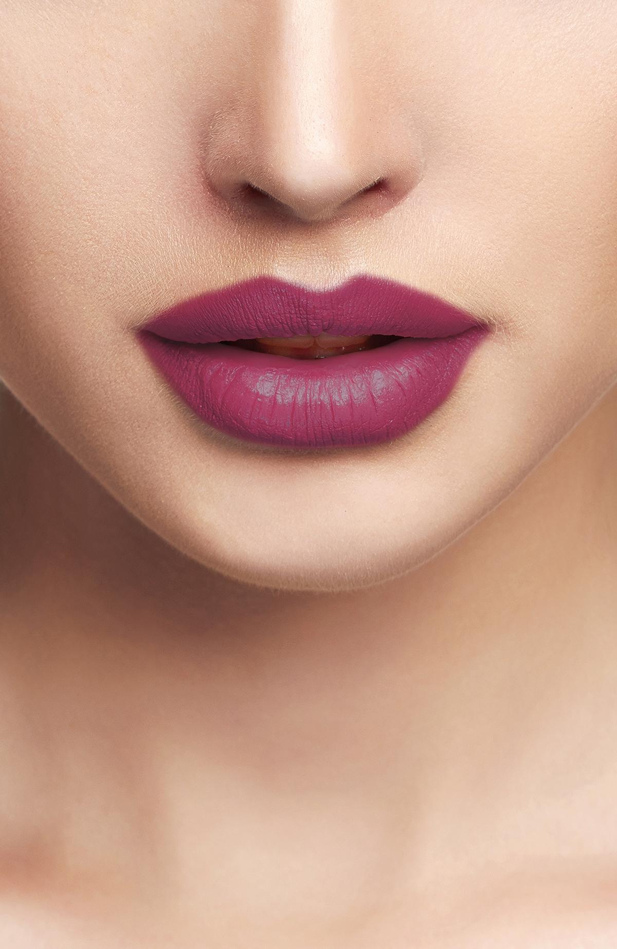 Liquid Lipgloss - 217 -Ruj - Lipstick
