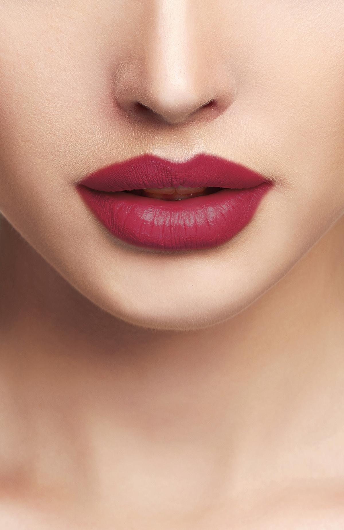 Liquid Lipgloss - 218 -Ruj - Lipstick
