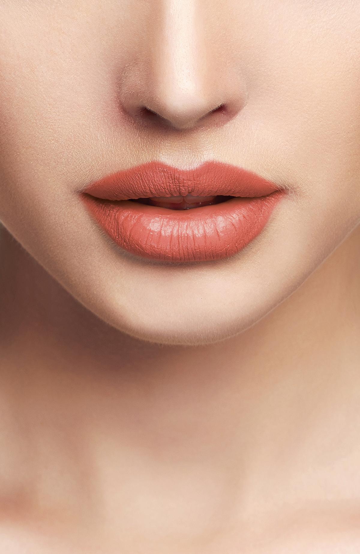 Liquid Lipgloss - 212 -Lipstick Thumbnail